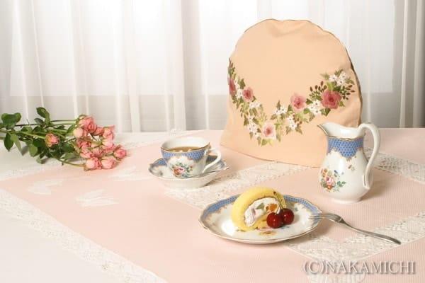 紅茶と刺繍